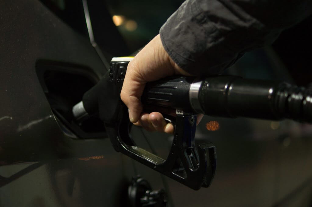 6 Ways to Slash Your Spending on Gas