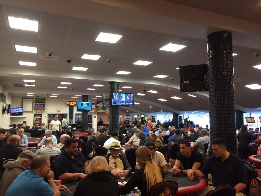 Magi City poker room