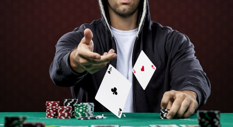 Specific Poker Skills: Folding Aces