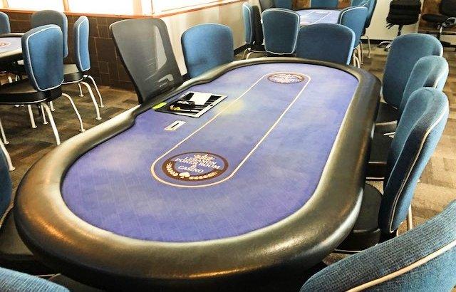 Lebanon Poker Room Table