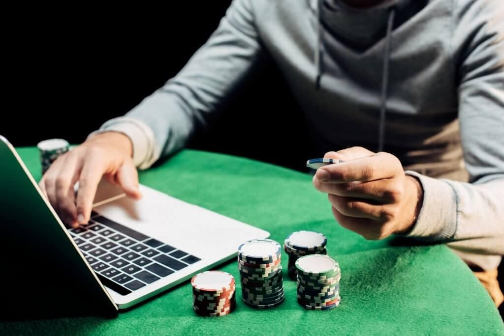 Legalize online poker